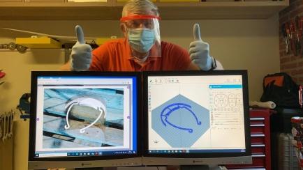 Luc en zijn 3D maskers tegen COVID-19